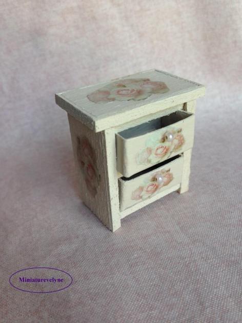 Petit meuble pour la Rose cottage